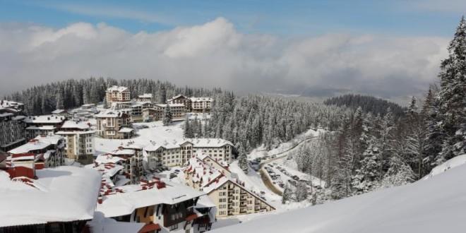 Красота и чар струящи от зимен курорт Пампорово