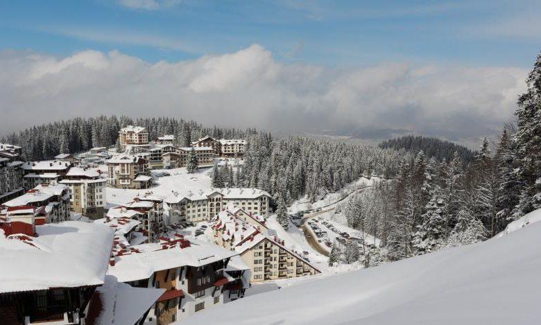 Пеизаж на курортен комплекс Пампорово през зимата